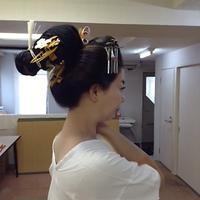 日本髪こそ愛らしい