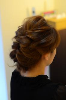 ミディアムヘアアレンジ|SQUASHのヘアスタイル