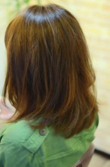こなれ感やわらかミディアム|SQUASHのヘアスタイル