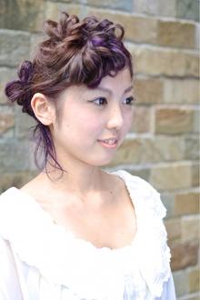 フィッシュボーンで可愛くセット♪|hair brand b-artsのヘアスタイル