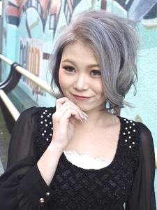 【アメ村b:Ash】トリプルカラー☆ホワイティアッシュ|hair b:Ashのヘアスタイル