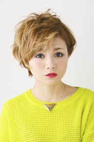 【アメ村☆b:Ash】ホワイティーショート☆|hair b:Ashのヘアスタイル