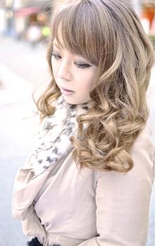 【b:Ash】☆プラチナアッシュグラデーション☆|hair b:Ashのヘアスタイル