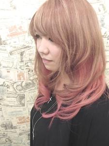 【アメ村 b:Ash】ピンクグラデーション hair b:Ashのヘアスタイル