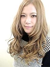 【b:Ash】Wカラー☆シャインアッシュベージュ hair b:Ashのヘアスタイル