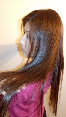 【ロング】艶ストレート|aurum hair&spa 下北沢のヘアスタイル