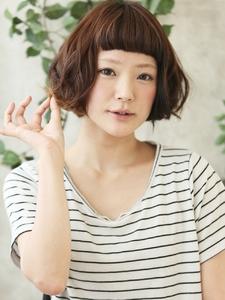 無邪気な甘さを与えるマッシュボブ★ミックスパーマ|Lbaccia 渋谷宮益坂店のヘアスタイル