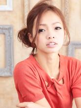 キメ過ぎない可愛さが視線集中のサイドアップ★|Lbaccia 渋谷宮益坂店のヘアスタイル
