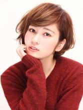 小顔ショートボブ★耳かけスタイリング|Lbaccia 渋谷宮益坂店のヘアスタイル