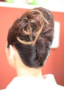 夜会巻き|atelier cocoa のヘアスタイル