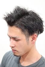 クセ毛が気になる方や、縮毛矯正に飽きてきた方などにオススメです。 atelier cocoa のメンズヘアスタイル
