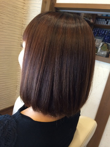 ミディアムストレート|Rhythm Hair Designのヘアスタイル