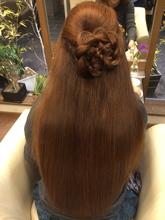 潤って柔らかい内巻きストレート|Rhythm Hair Designのヘアスタイル