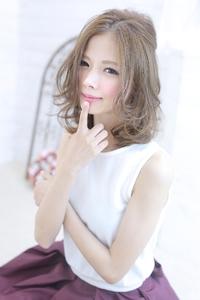 ☆sCene☆ 透明感のあるミディスタイル