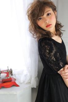 ★sCene★ サイドひねり留めアレンジ|sCene ESTのヘアスタイル