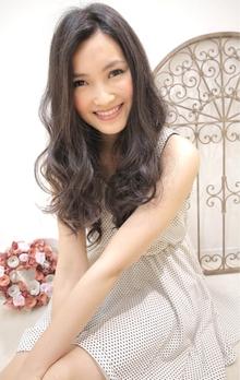 ☆sCene☆黒髪ロングカールスタイル|sCene ESTのヘアスタイル