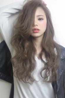 ★sCene★波打ちCOOL.LONG|sCene ESTのヘアスタイル