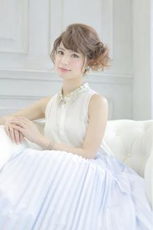 ☆sCene☆フェミニンSide UP|sCene ESTのヘアスタイル