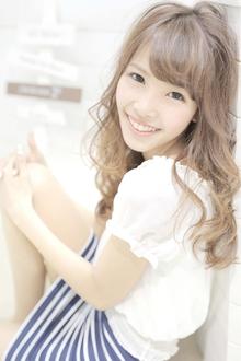 ☆sCene☆ シャイニーlong|sCene ESTのヘアスタイル
