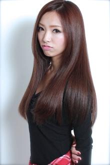 ☆プラチナストレートロング GALLARIA Elegante 春日井店のヘアスタイル