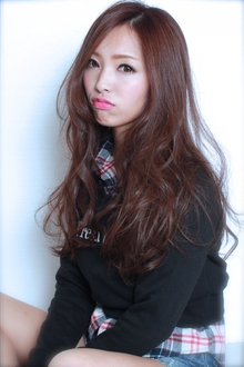 ☆柔らかグラマラスウェーブ|GALLARIA Elegante 春日井店のヘアスタイル