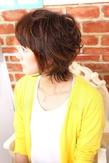斜めバング小顔ショート|Rue D'or 春日井店のヘアスタイル
