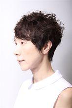 ショートグラデーションンカット|美容室 platte 坂本 輝雄のヘアスタイル