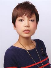 グロスカラーでヌーディ×グラマラスショート☆|Scrap Balance  のヘアスタイル