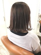 イルミナオーキッド Chez Moiのヘアスタイル