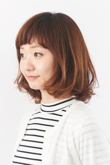 眉上バングが印象的なヘルシーミディ|camellia HAIR イオンモール高松店のヘアスタイル
