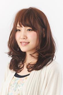 ふんわり質感のナチュラルカール|camellia HAIR イオンモール高松店のヘアスタイル