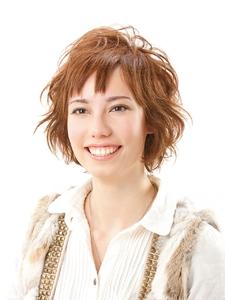 ふんわりエアリーミディアム|美容室 Lucky Hair ダイエー多田店のヘアスタイル