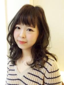 透け前髪 ミディアムヘア|Hip's eyes 大宮店のヘアスタイル