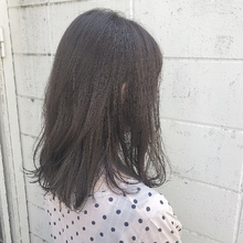 ゆれるミディアムヘア|Hip's eyes 大宮店のヘアスタイル
