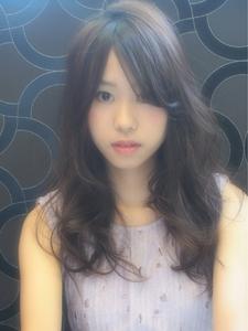 大人かわいいパープルアッシュ☆ナチュラルハイライト|Hip's deco 大宮店のヘアスタイル