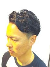 スパイキーウェーブ|Hip's heads 宮原店のメンズヘアスタイル