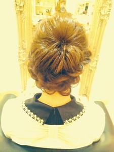 ルーズこなれ感☆大人可愛いアレンジスタイル|Cia birthのヘアスタイル