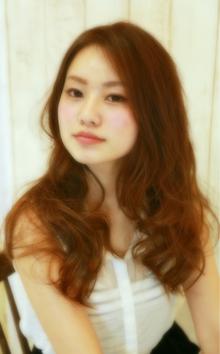 センターパートで大人可愛い無造作カール☆|Cia birthのヘアスタイル