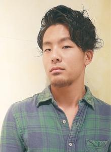ツーブロックナチュラルサイドパート☆|Cia birthのヘアスタイル