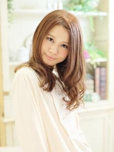 大人可愛いゆるふわミディ☆|Cia birthのヘアスタイル