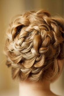 編み込みアップ|Cia birthのヘアスタイル