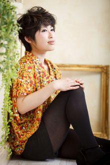 黒髪でもかわいいショート|Cia birthのヘアスタイル
