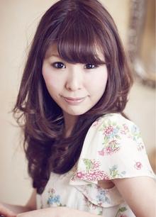 愛したくなるピュアカール☆ フェミニンロング☆|Cia birthのヘアスタイル