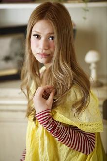ふわりと顔をやさしく包む癒し系なツヤカール|Cia birthのヘアスタイル
