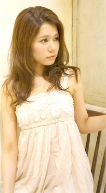 ☆上品で華やかなセミロングスタイル☆|Cia birthのヘアスタイル