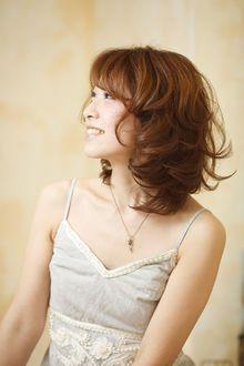 ミディアムシフォンカールスタイル|Cia birthのヘアスタイル