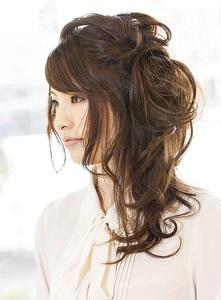 エレかわハーフアップ|Carat hair makesのヘアスタイル
