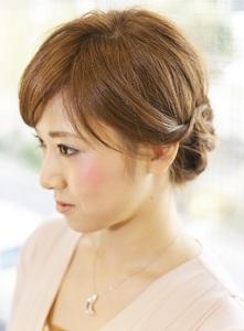 ルーズな三編みアレンジ♪|Carat hair makesのヘアスタイル