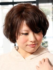 エアリーラウンドマッシュルーム NEXT hair 前橋店のヘアスタイル