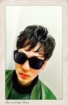 さりげなツーブロックのふわゆるパーマ。|Ohp barber Shop のヘアスタイル